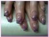 farbige und verschiedene Fingernägel